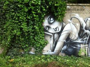 street-art-nature-girl-ivy-hair